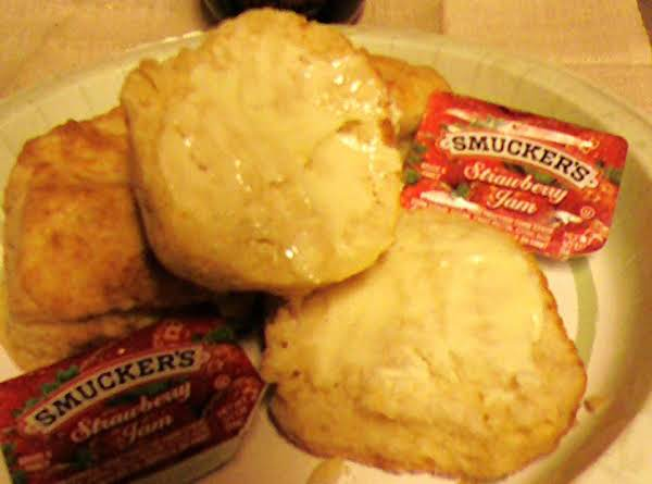 Pam's Mile High Buttermilk Biscuits Recipe