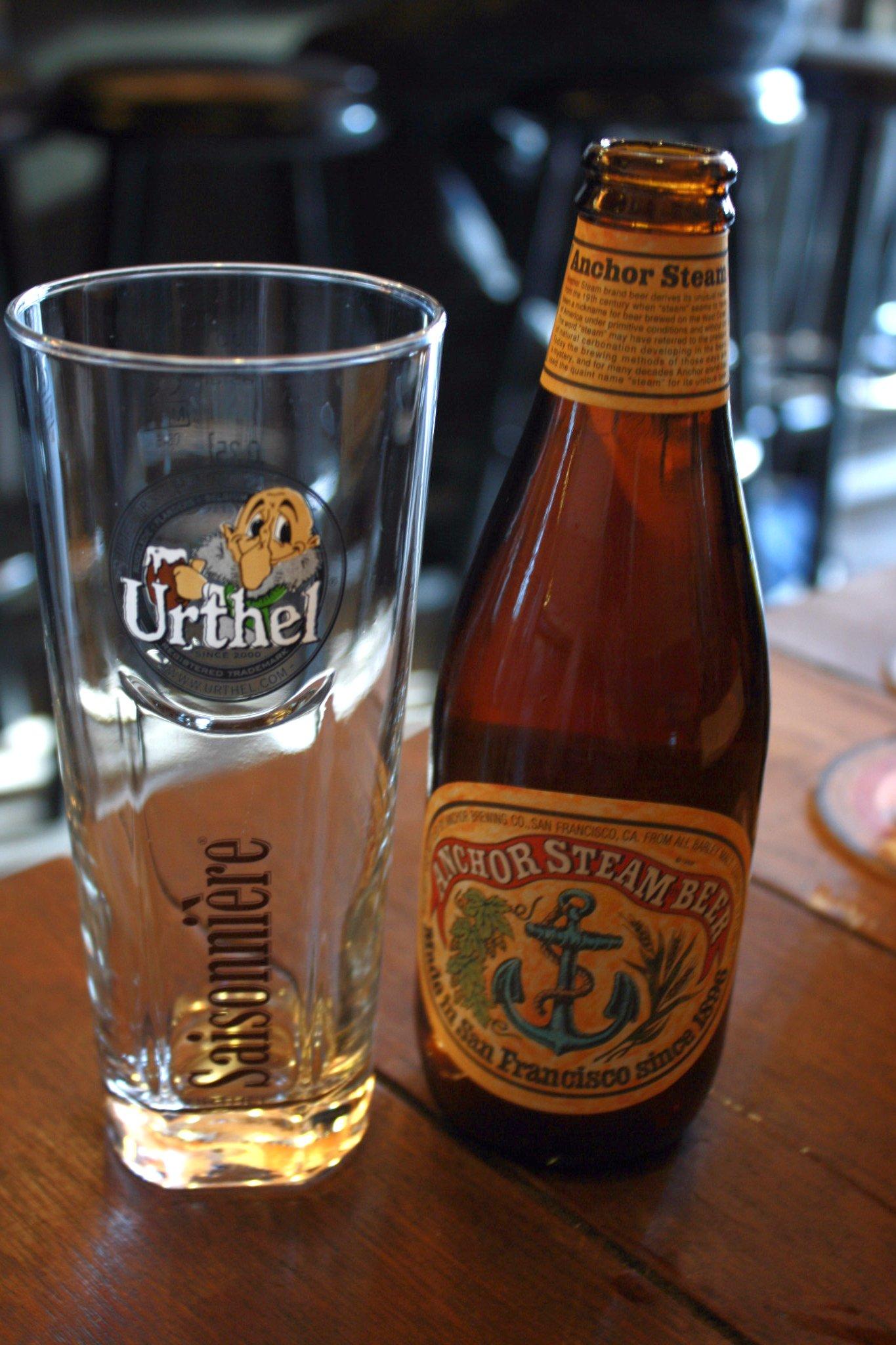 Photo: Anchor Steam beer at Kafée België