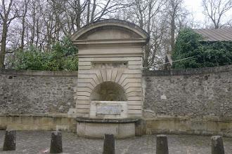 Photo: la fontaine de Mortefontaine