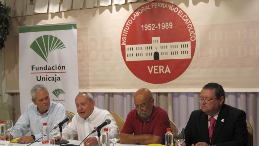 La Junta Directiva de la asociación, en una foto de archivo.