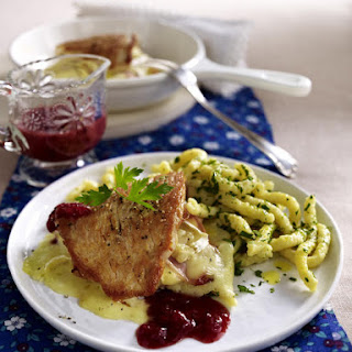 Stuffed Turkey with Pasta and Cranberry Sauce