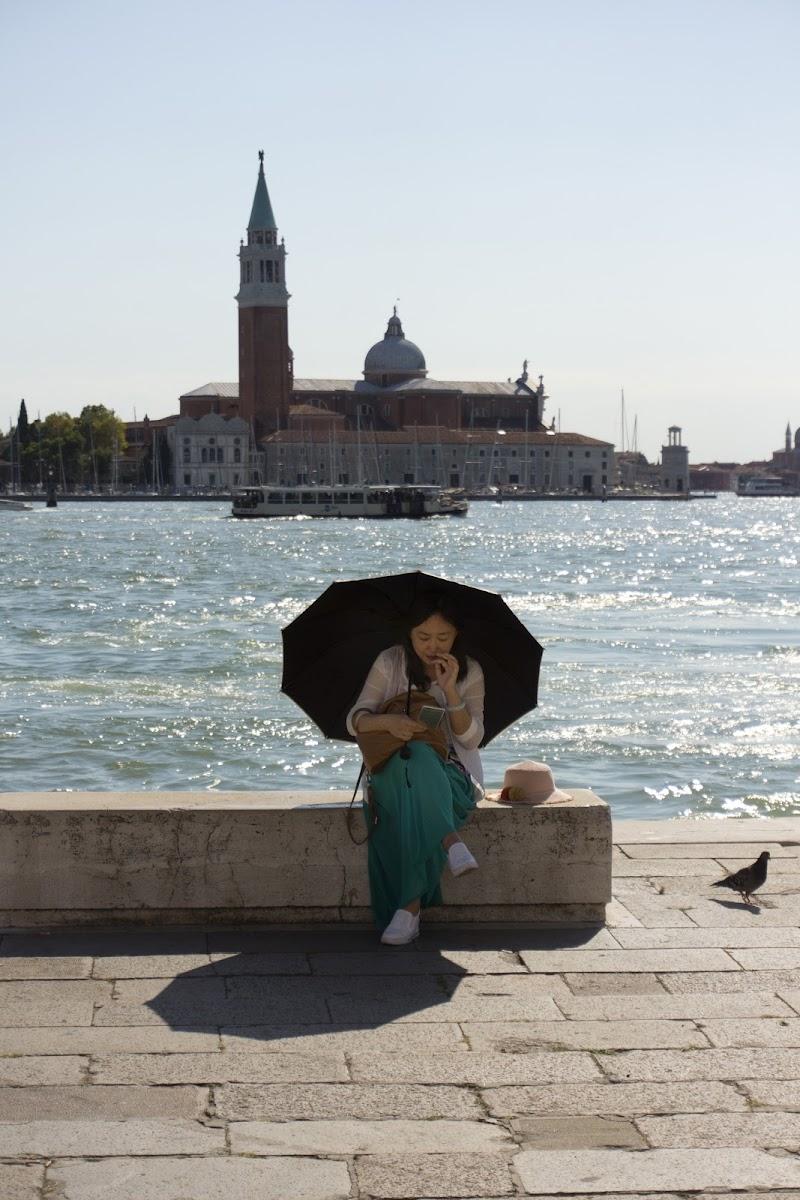 VENEZIA E L'ORIENTE di Moretti Riccardo
