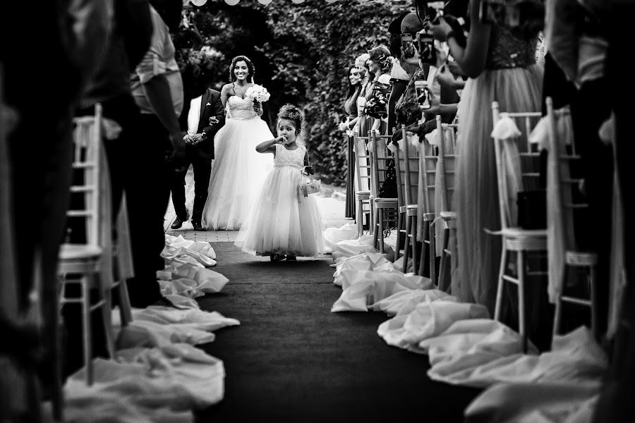 Wedding photographer Sabina Mladin (sabina). Photo of 21.10.2016