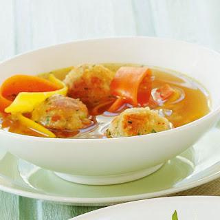 Salzburger Kaspressknödel Suppe