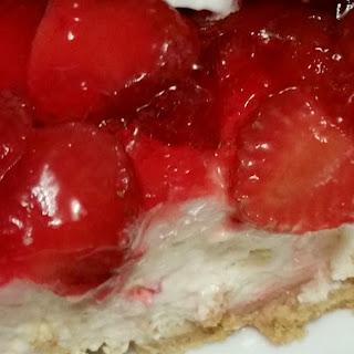 Strawberry Cheesecake Pie (Sugar Free Option)