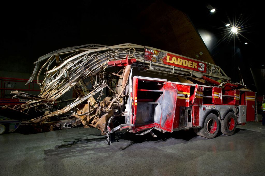 Ladder-3-fire-engine-from-The-National-September-11-Memorial-Museum.jpg