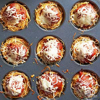 Mini Spaghetti and Meatball Pies