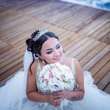 Wedding photographer Aleksa Kara (FacesFoto). Photo of 16.10.2017