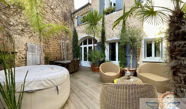 Maison avec terrasse Tourbes