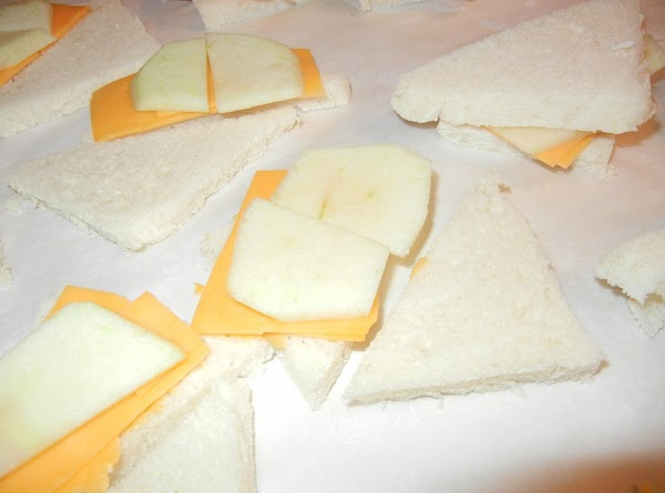 Place thinly sliced granny apple slices on top of cheese slices.