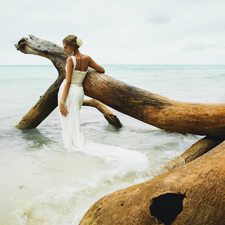 Fotógrafo de bodas Anna Atayan (annaatayan). Foto del 27.02.2014