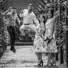 Wedding photographer Alexandru Vîlceanu (alexandruvilcea). Photo of 15.06.2018
