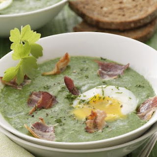 Spinach Soup with Eggs and Bacon
