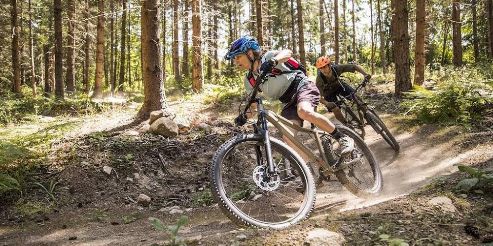 mountainbiking_image