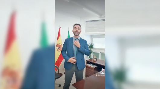 El vídeo viral de TikTok con el que se ha estrenado el alcalde de Almería