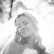 Wedding photographer Lyubov Savchuk (LyubovSavchuk). Photo of 17.10.2014