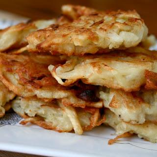 Latkes (Potato Pancakes).