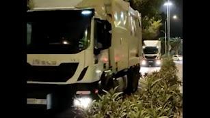 Los camiones rinden homenaje a Pío Rodríguez.