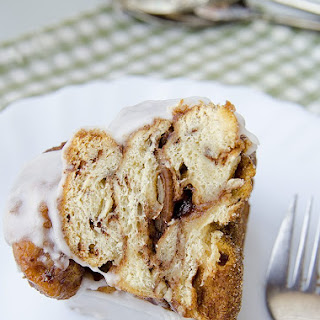 Pecan Toffee Cinnamon Monkey Bread with Icing