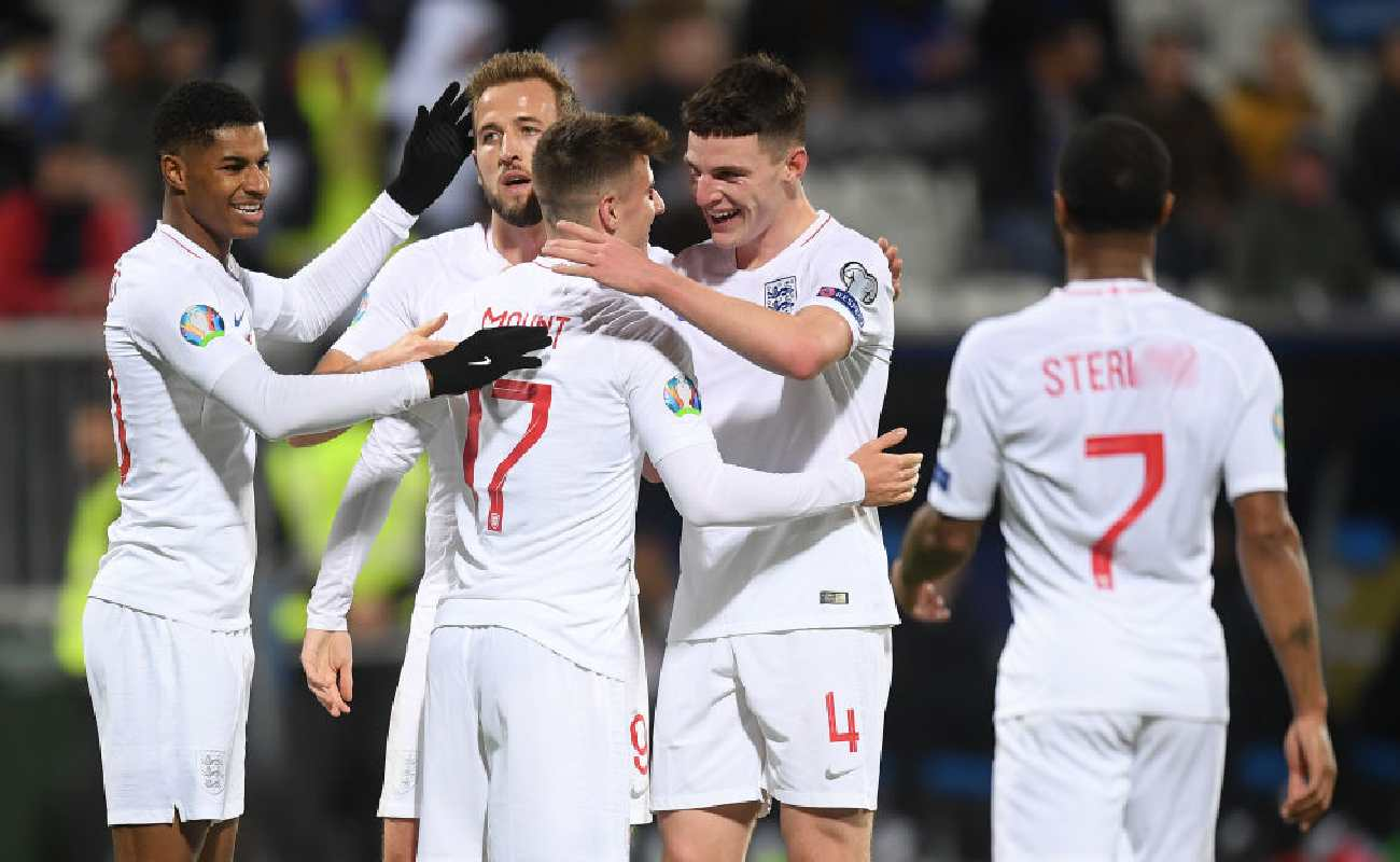 Alt: The England players celebrate after Mason Mount scores a goal - Photo by Michael Regan/Getty Images