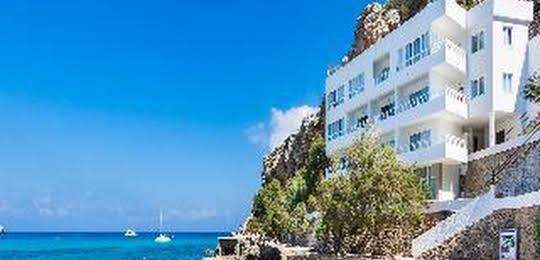 Simar Globales Hotel