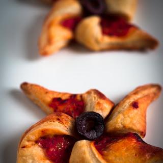 Puff Pastry Pinwheels With Tomato, Oregano And Parmesan