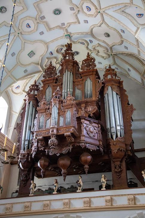 organy w kościele farnym św. Jana Chrzciciela i św. Bartłomieja