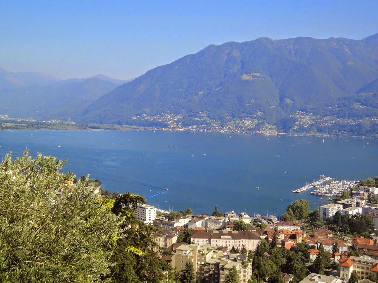 Vue sur la ville de Locarno et le Lac Majeur