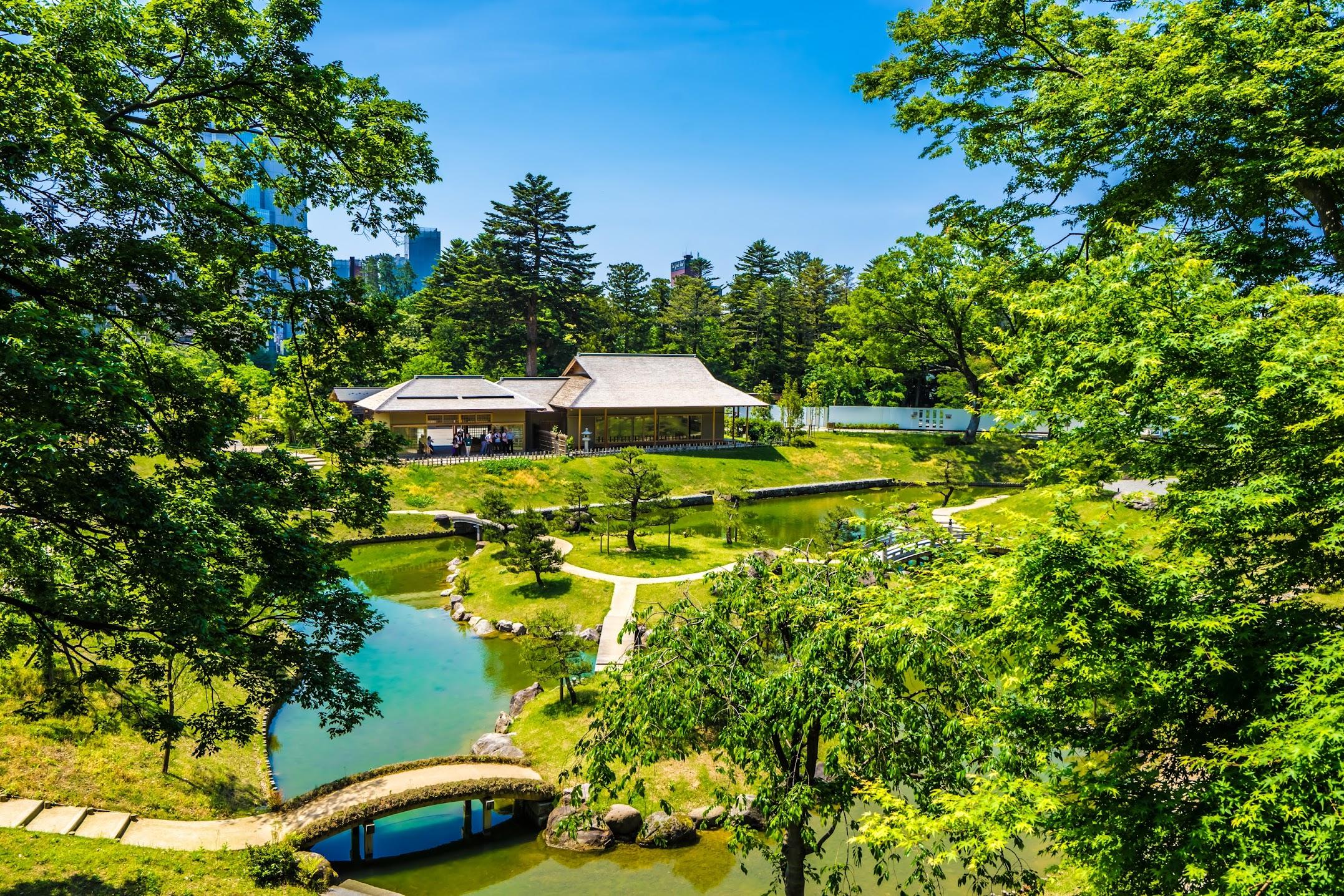 Kanazawa Castle Park Gyokusen'inmaru Garden1