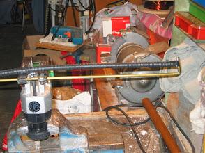 Photo: decoupe sur scie sauteuse , avec une pige de butée , des elements 1/2 et 1/4 d'ondes