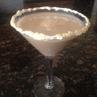CARROT CAKE MARTINI * vanilla vodka, butterscotch, brandy * lower sugar version too * EASTER brunch cocktail * CREAMY *.