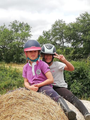 Petits cavaliers au Galauzoue lagraulet du Gers