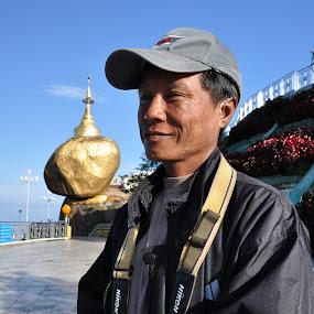 Myanmar photographer at Kyaiktiyo Pagoda by Tanawat Pontchour - People Portraits of Men