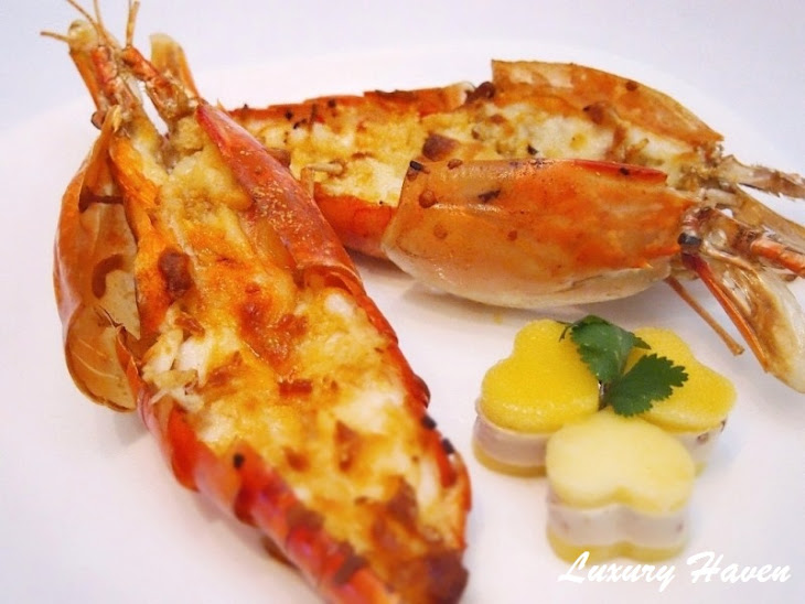 Enticing Baked Cheesy Jumbo River Prawns