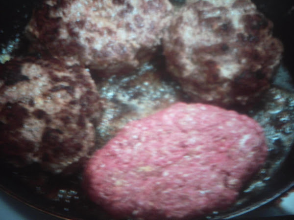 Eddie's Salisbury Steak With Mushroom ( For 4) Recipe