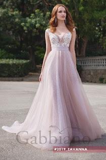 Свадебное платье Дэлон от Gabbiano. Есть в наличии в 4 салонах ценой от  30580 до 37600 руб. 7847f5de8607c