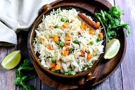 Santushti Vegetarian Restaurant photo 9