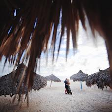 Wedding photographer Yuriy Meleshko (WhiteLight). Photo of 12.10.2017