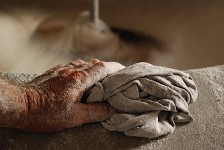 Photo: mãos de farinha