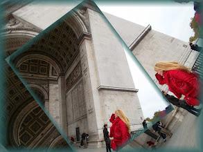 Photo: Paris Arc de Triomphe and Éva Ilona * Hungarian Sibyls in Paris, remembering mlle Lenormand, esoteric Tour * www.lenormand.hu