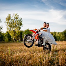 Wedding photographer Bartek Zdanowicz (bartek). Photo of 21.09.2014