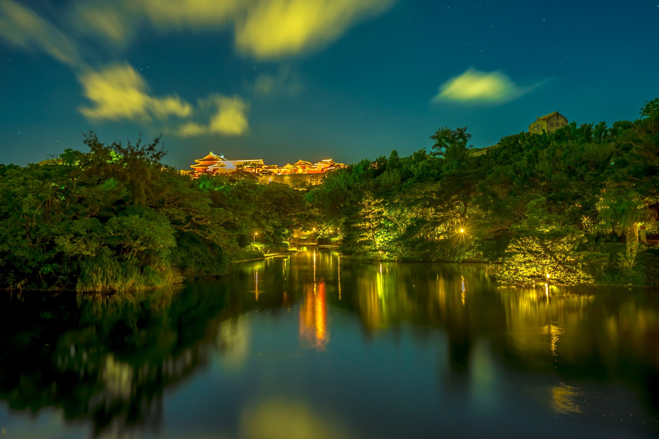 Shurijo Castle Ryutan Pond light-up1