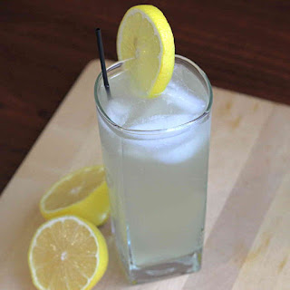 Electric Fuzzy, a Lemonade Cocktail Recipe