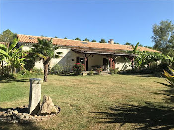 maison à Siorac-de-Ribérac (24)