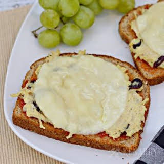 Cheesy Chicken Melts with Red Pepper Jelly.