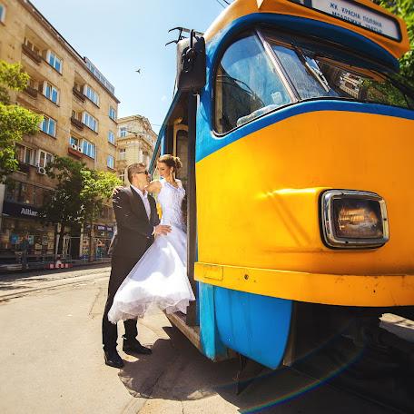 Wedding photographer Simon Varterian (svstudio). Photo of 18.12.2017