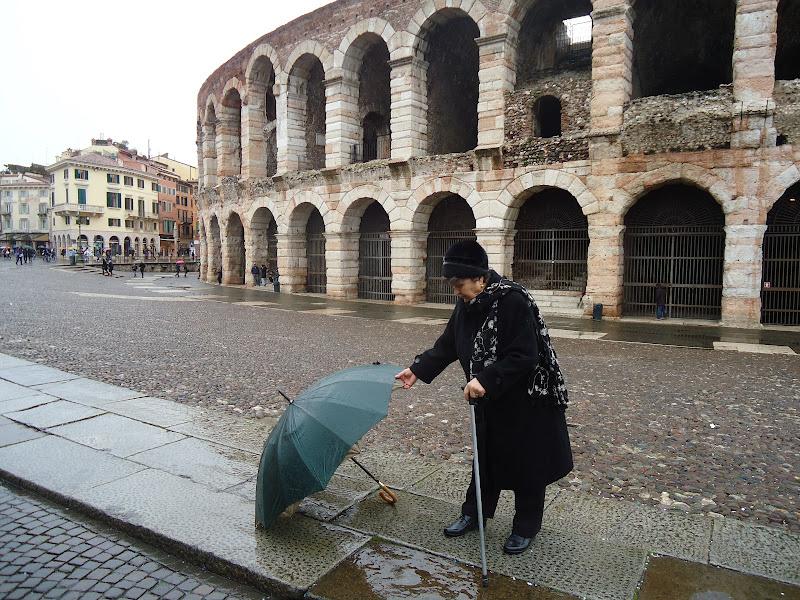 La signora, l'arena, l'ombrello... di FLORANS