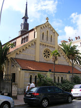 Photo: Well, I've lost track of which one of Menton's multiple small churches and chapels this one is.