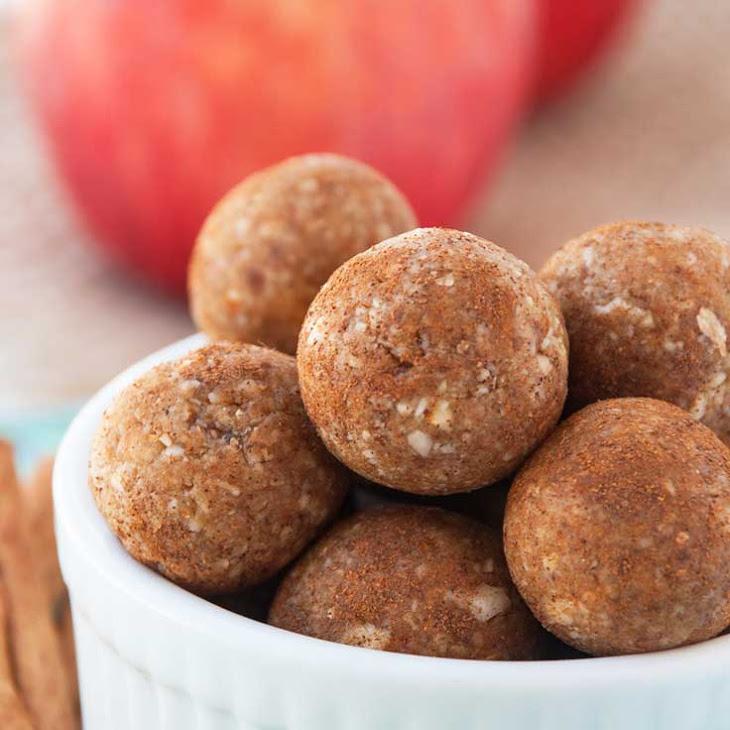 Cinnamon Apple Pie Energy Bites