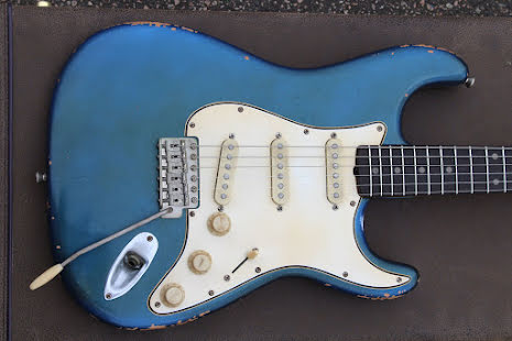 M.B. Guitars 62-S Lake Placid Blue Slab Board